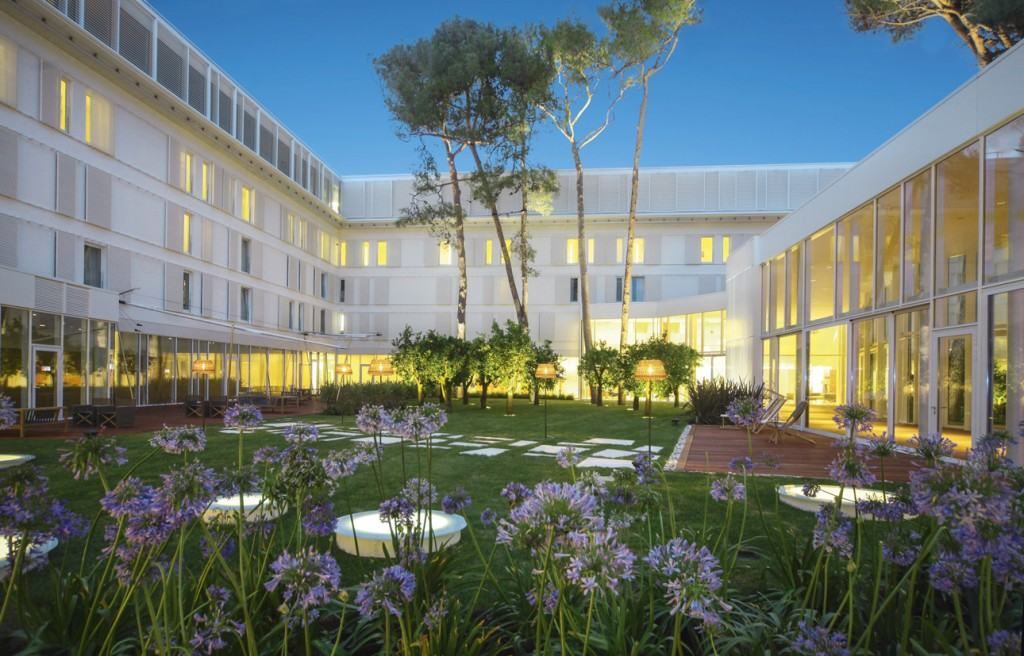 Čikat - Bellevue Hotel