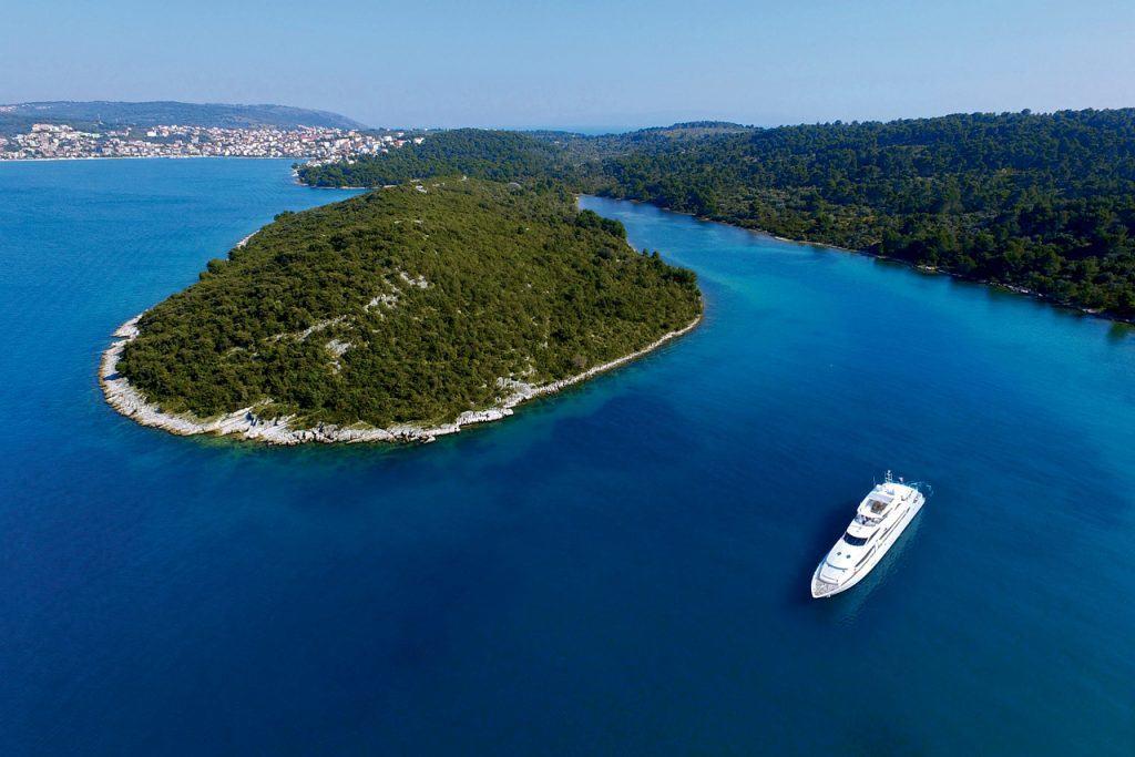 International Yacht Corporation
