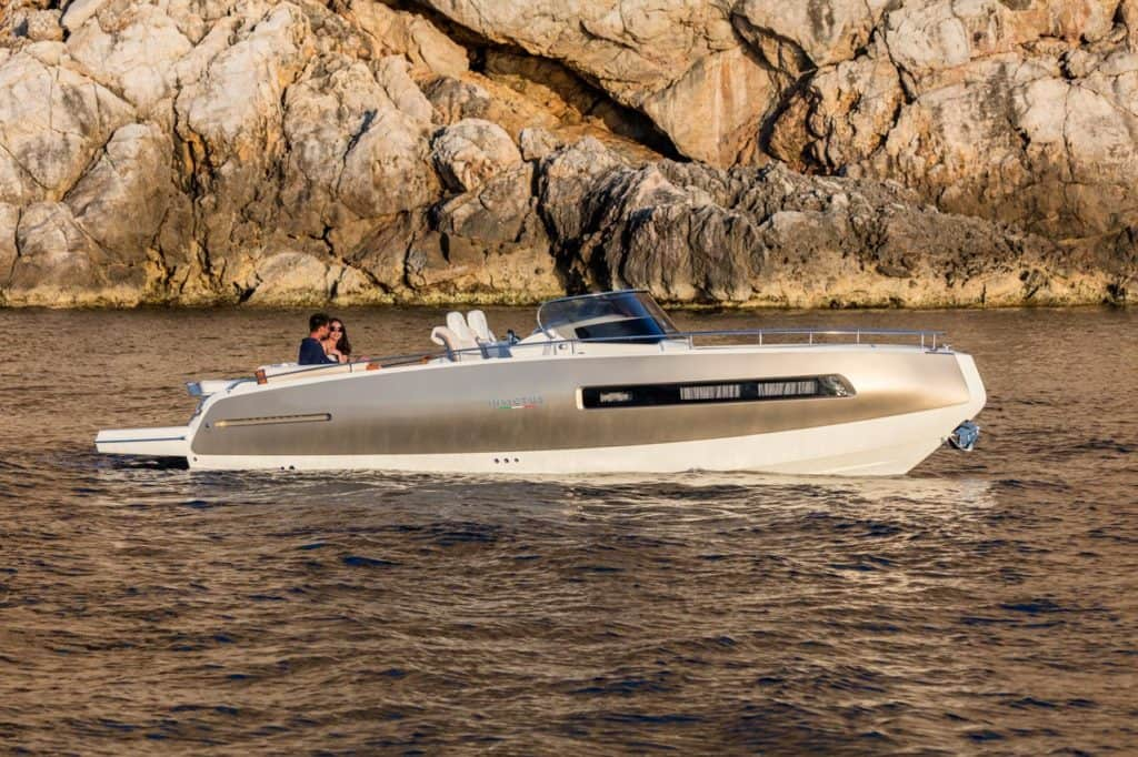 Invictus Yachts 280 GT