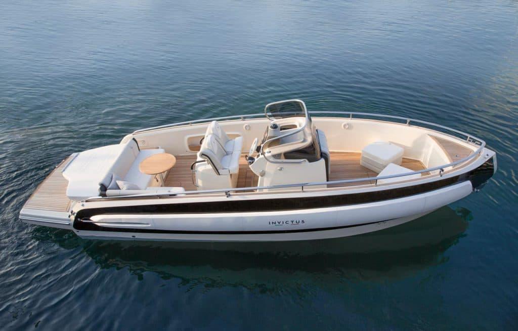 Invictus Yachts 280TT