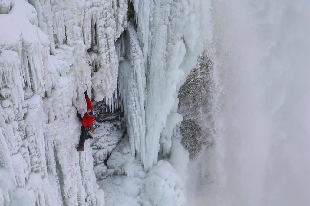 Gadd Frozen Niagara Falls