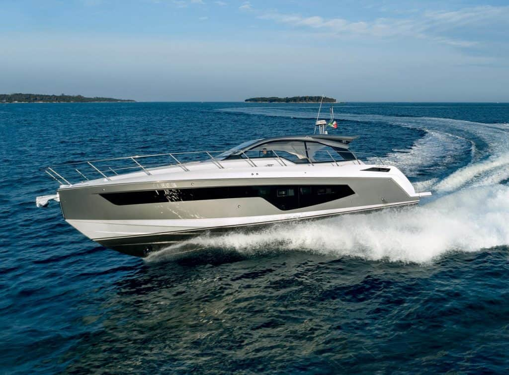 This is a photography of Azmut Yachts Atlantis 51