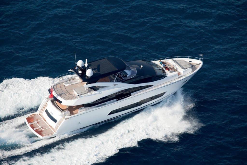 Sunseeker 86 Yacht Boot