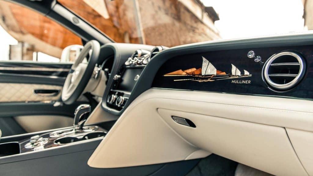 Bentley Bentayga Pearl