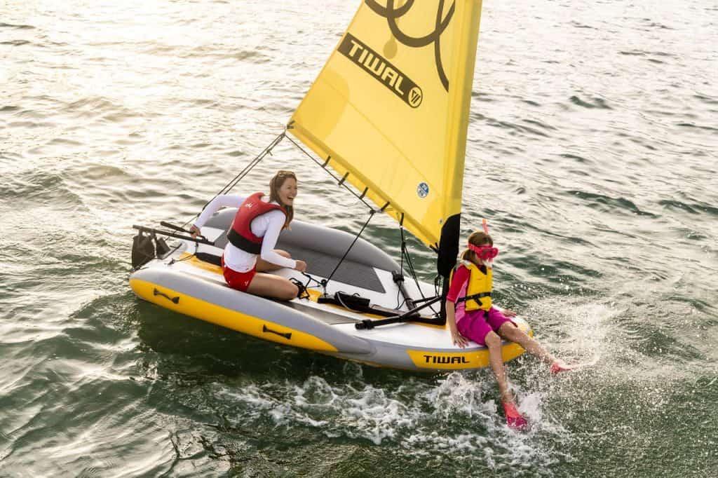 Tiwal 2 Sailing