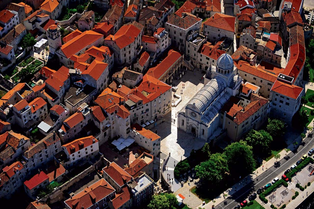 grad Šibenik pogled iz zraka