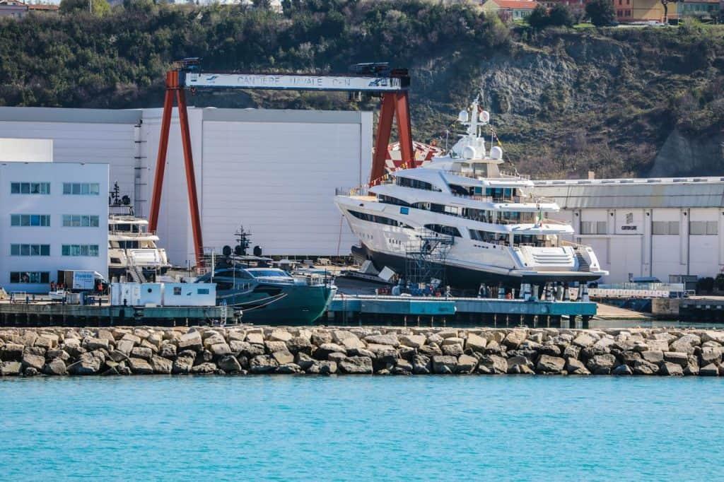 Ferretti Superyachts Yard