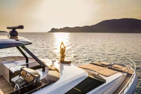 Ferretti Yachts 920 00