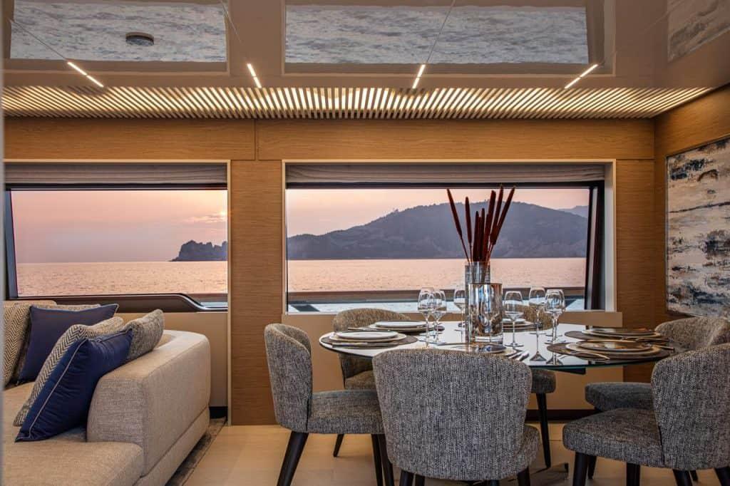 Ferretti Yachts 920 01