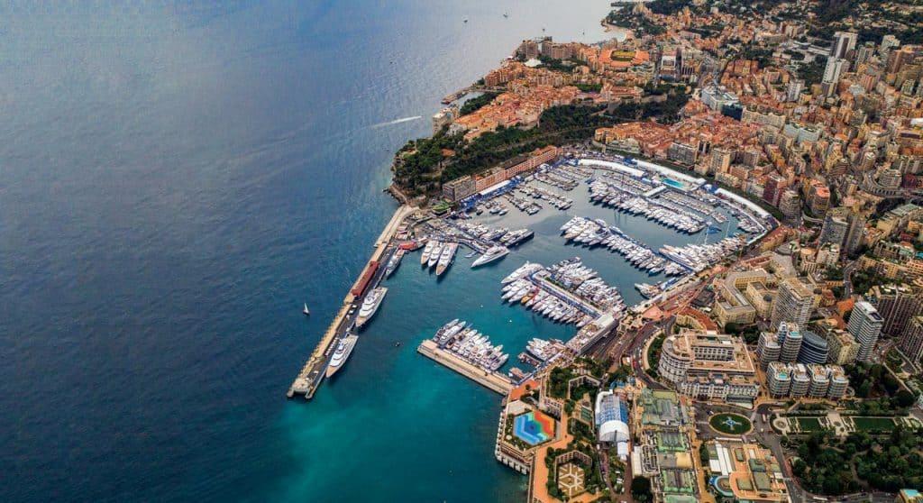 Monaco Yacht Show 03