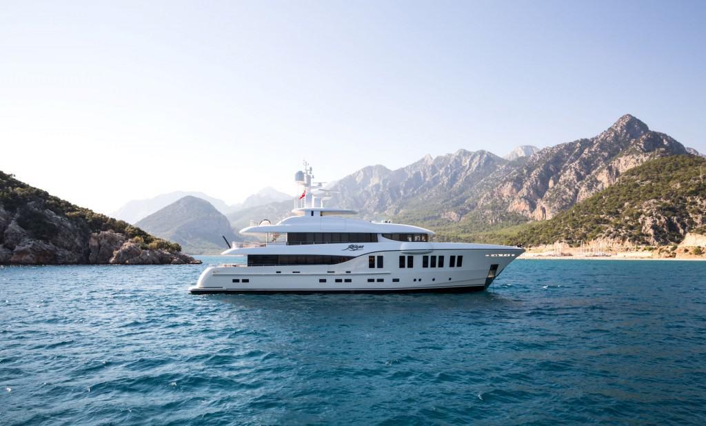 Alia Yachts Ruya 01