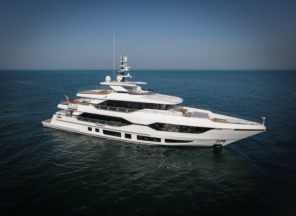 Gulf Craft Majesty 120 Sea Trial 05