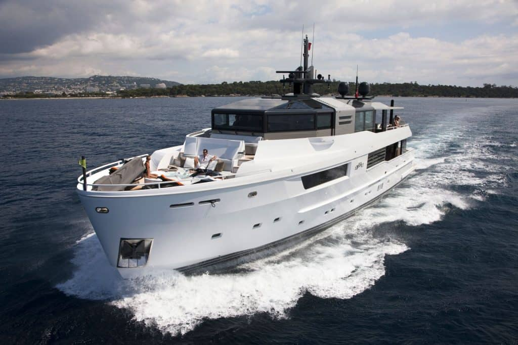 This is a photography of Arcadia A115 Cruising
