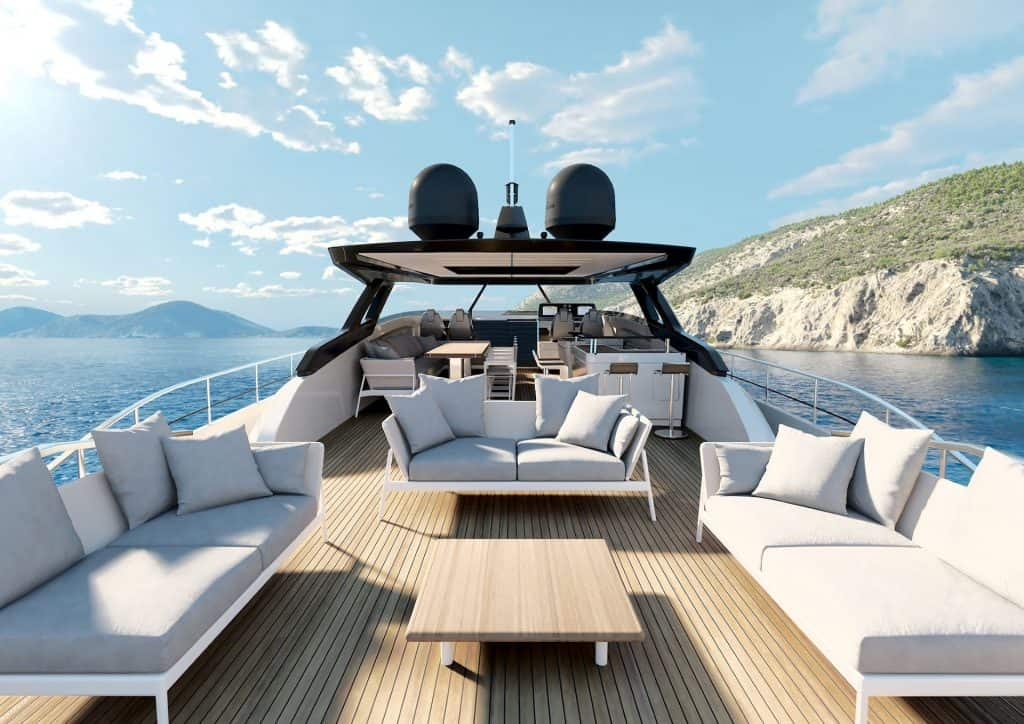 Ferretti New 1000 Upper Deck 01