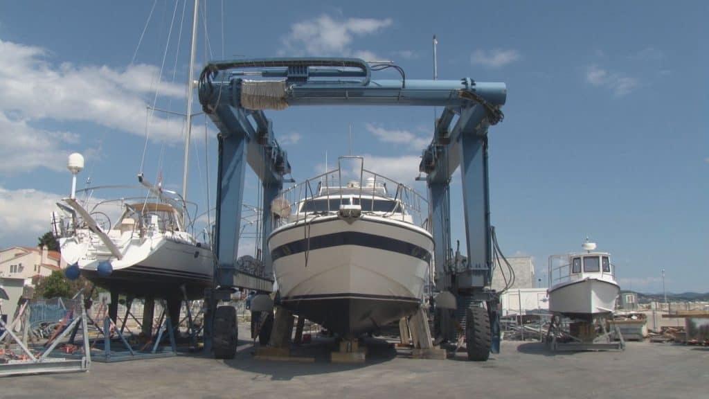 Preparing Boat For Summer 01