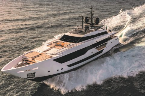 New Italian Yachts Custom Line 106