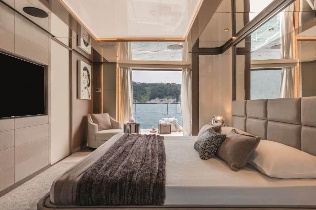 Custom Line Yacht Master Bedroom 01
