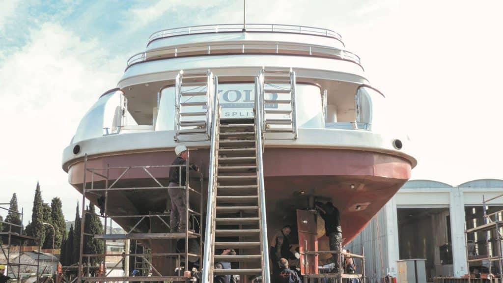 Iskra Shipyard Sibenik Boat Back Side 01