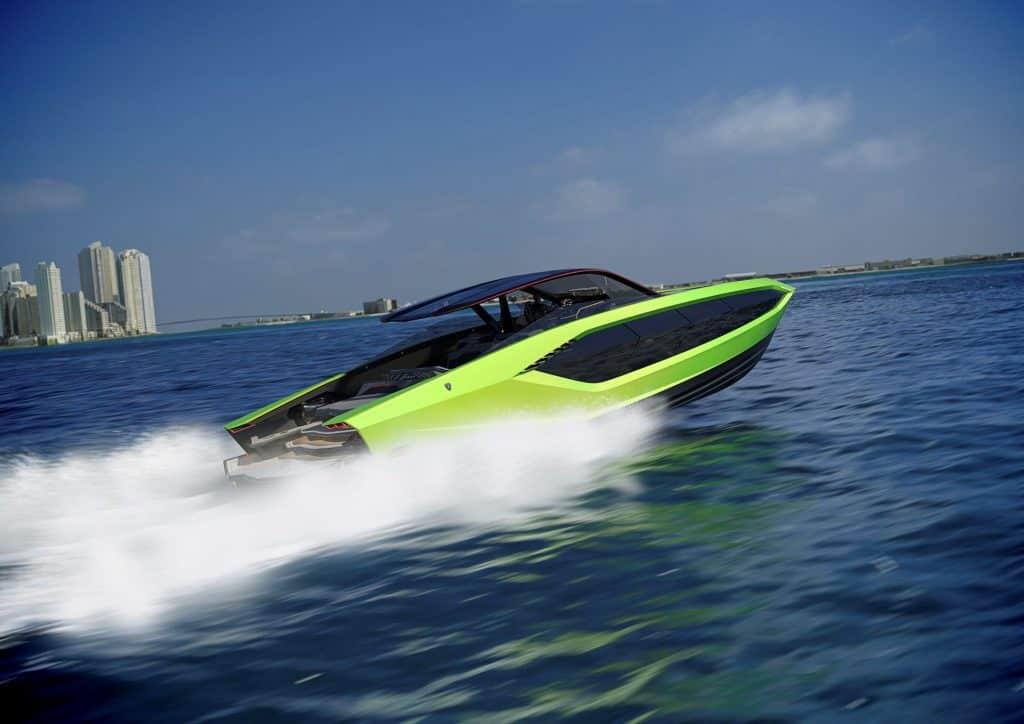 Lamborghini Boat Green Running 01