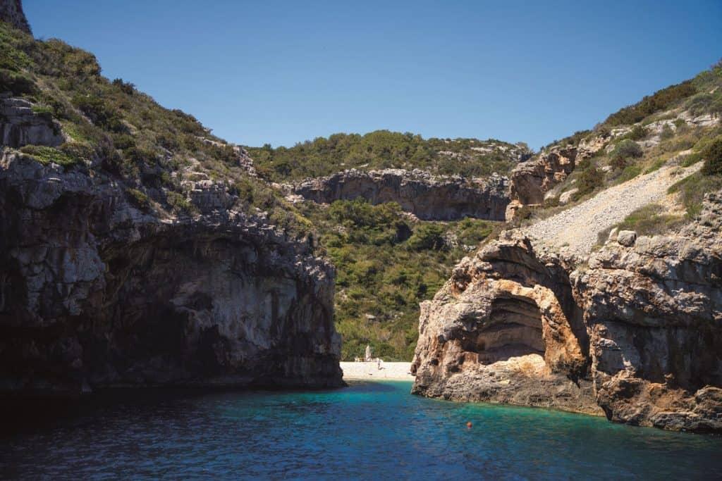 Split Archipelago Stiniva Vis 01