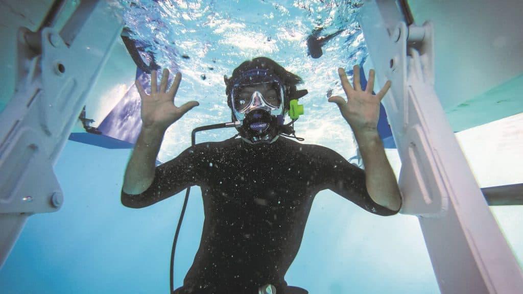 Diving Boat 01