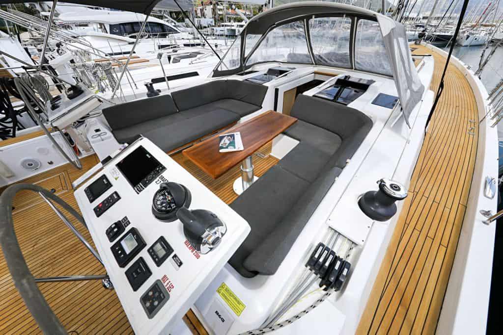 Sailing Yacht Cockpit 01