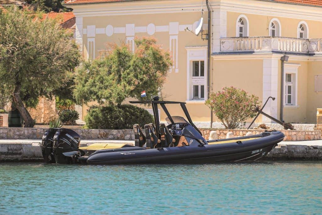 Seafarer 33 Anchor 01