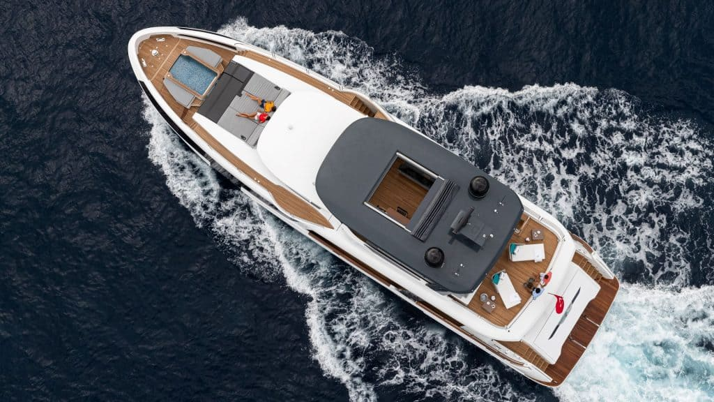 Motor yacht Dron View 01