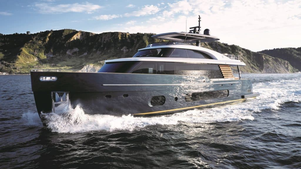 This is a photography of Azimut Magellano 25 Metri cruising