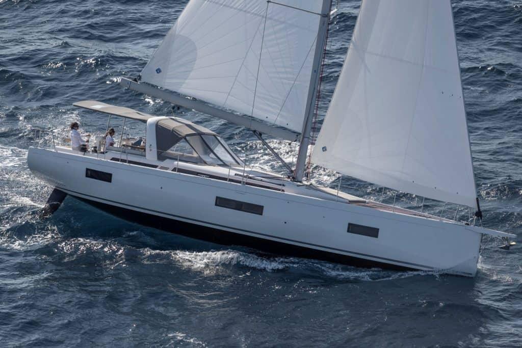 Beneteau Oceanis Yacht 54 01