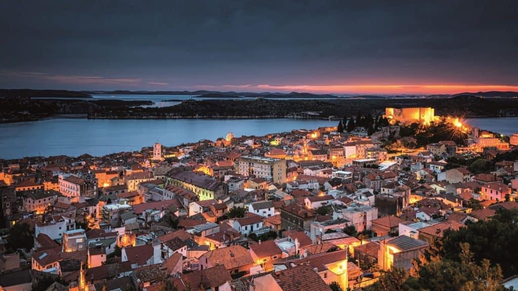 Grad Sibenik Nocna Panorama