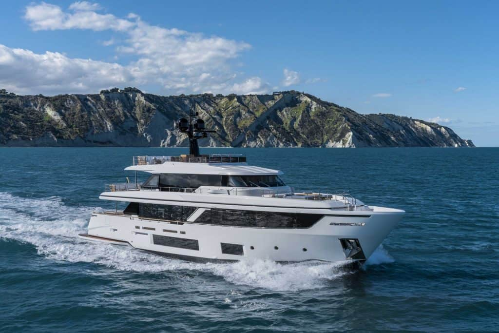 This is a photography of a Custom Line Navetta 30 Cruising