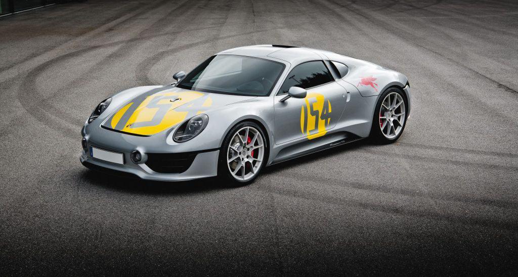 This is a photograph of a Porsche Le Mans Living Legend Front View 01