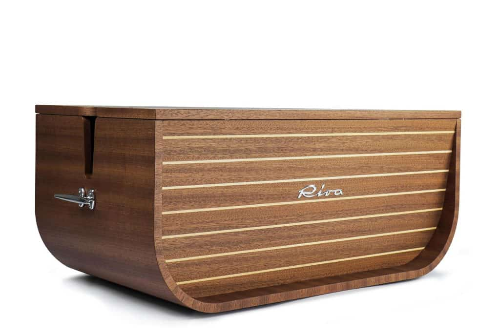 This is photo of a Riva Experience Collection Baule Multifunzionale