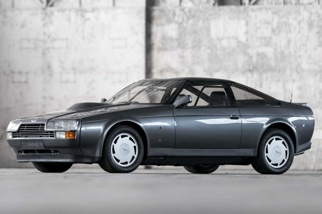 Aston Martin V8 Vantage Zagato 01