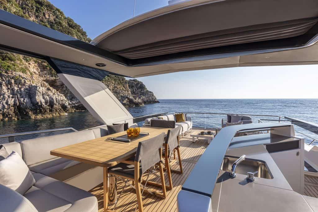 This is a Absolute Navetta 64 Flybridge Cockpit 01