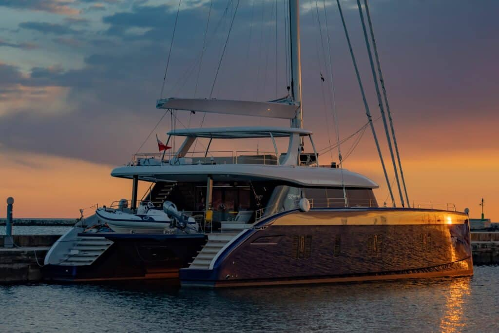 This is a phootgraphy catamaran Sunreef 80
