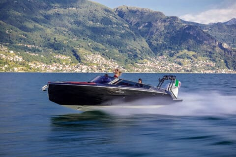 This is photo of a Cranchi E26 Rider bowrider