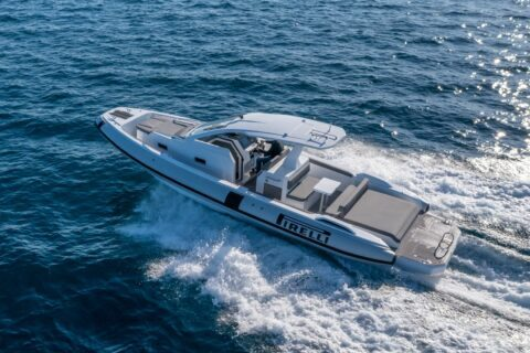 This is a photography of Pirelli 35 rib