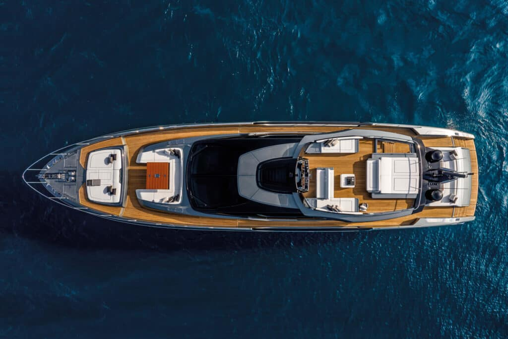 This is photo of a Riva 88 Folgore exterior