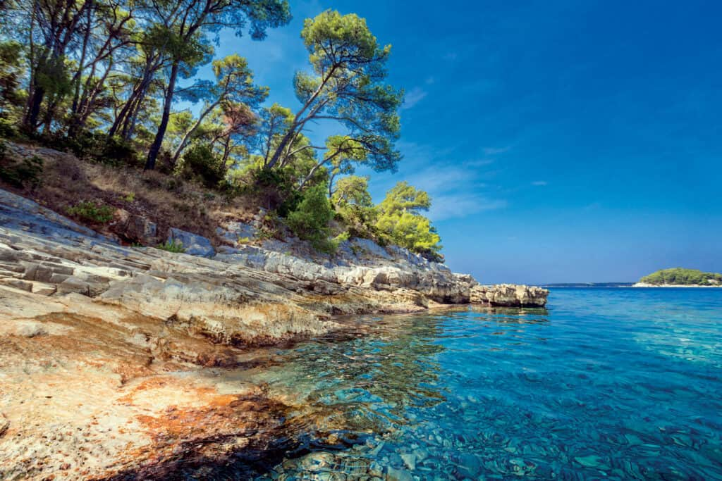 This is picture of beach at island Ošjak