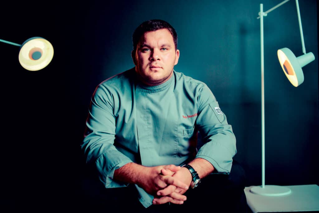 This is photo of a chef teo Ivanišević Croeat