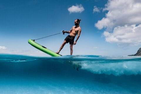 This is photo of a electric surfboard Lampuga
