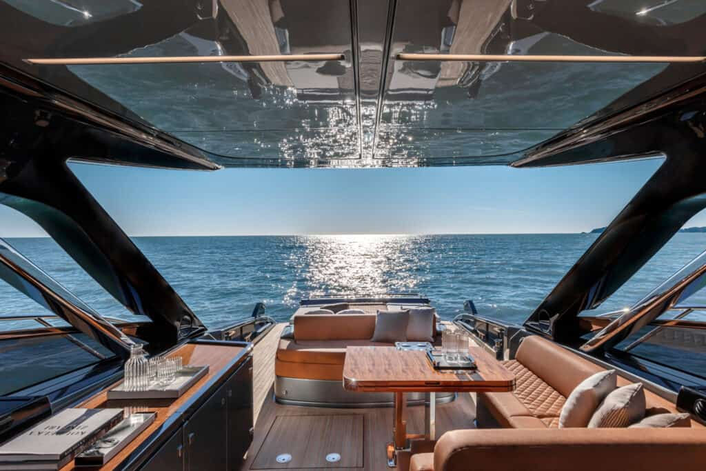 The hull colour is entirely Riva Shark Grey with Bright Black detailing