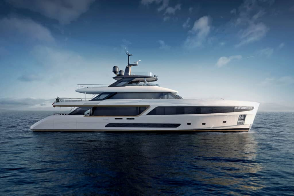 This is photo of a Benetti Motopanfilo 37M