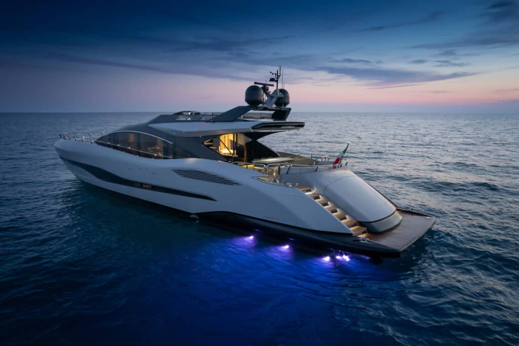 This is photo of a Mangusta 104REV