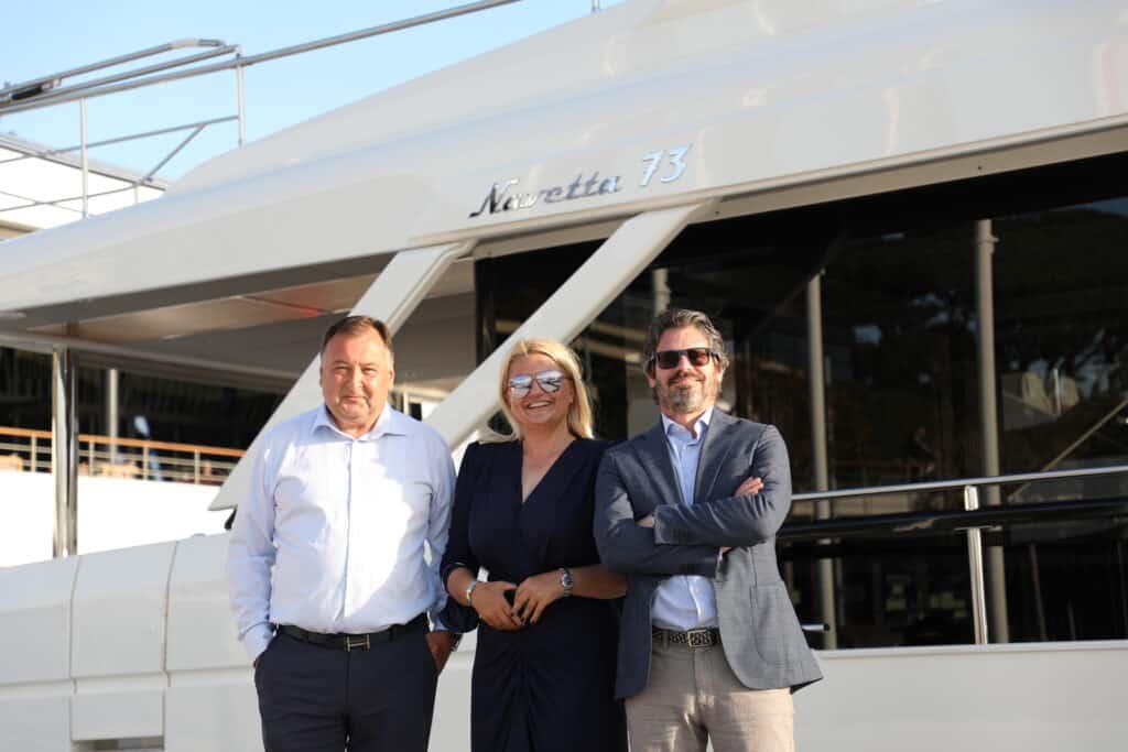 Ovo je fotografija vodećih ljudi tvrtke Adriatic Wave