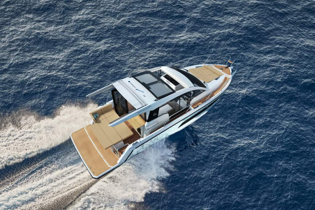 This is photo of a Sealine C335