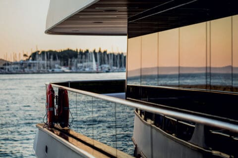 This is photo of a yacht with Kristal glass